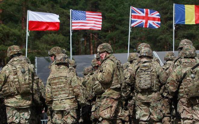 """Ba Lan muốn chi 2 tỉ USD """"mời"""" Mỹ đưa quân tới hiện diện thường trực, Nga sẵn sàng đáp trả"""