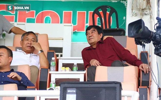 Sau vụ chung phòng với cô gái trẻ, ông Nguyễn Xuân Gụ chờ ngày bị hất khỏi VFF