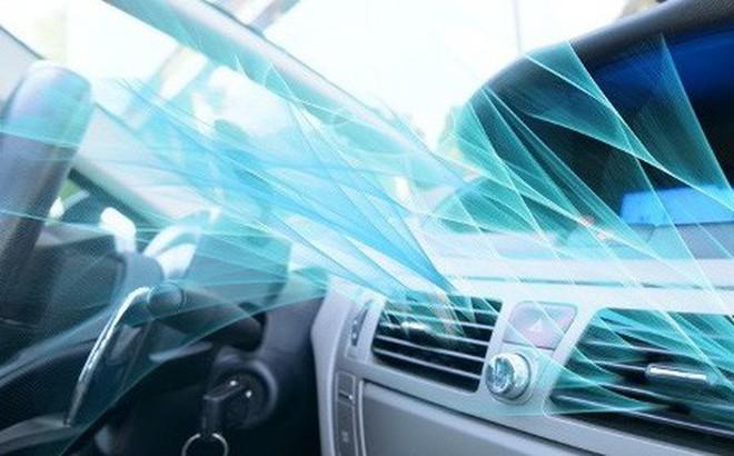 Trời nắng nóng, dùng điều hoà trong ô tô thế nào cho hiệu quả?