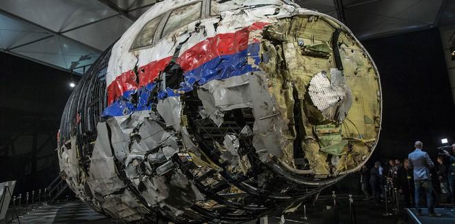 MH17: Manh mối từ số điện thoại Ukraine và cuộc săn lùng danh tính người đàn ông Nga bí ẩn - Ảnh 1.