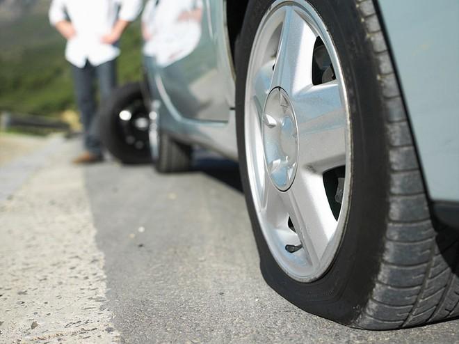 5 điều cần làm phòng tránh nổ lốp xe mùa nắng nóng, tài xế nào cũng cần biết - Ảnh 5.