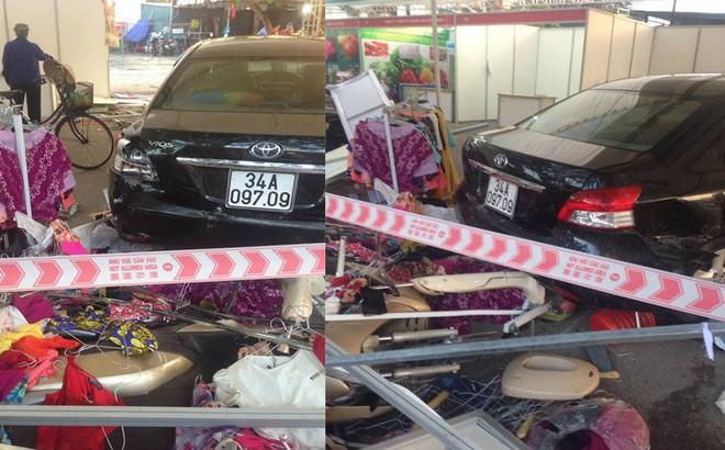 Nhân viên rửa xe đạp nhầm chân ga, đâm thẳng hội chợ khiến 5 người bị thương