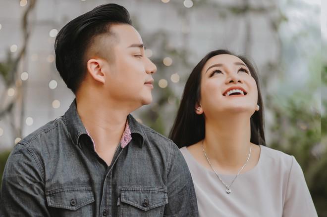 Vợ chồng Hữu Công trải lòng về đám cưới bạc tỷ: Mẹ Linh Miu có đến chúc phúc - Ảnh 11.