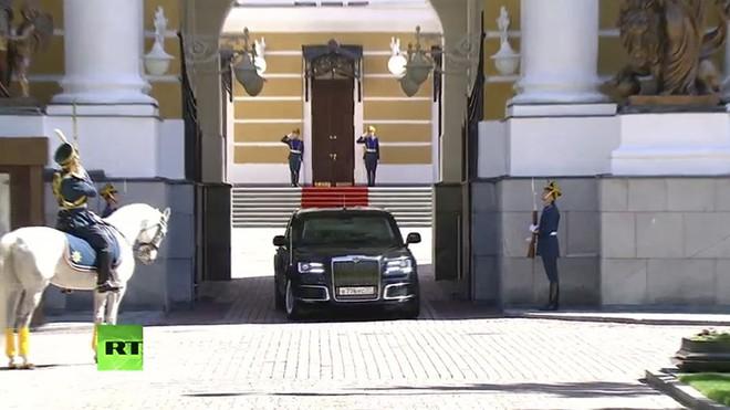 Ông Putin đã sử dụng siêu xe mới công nghệ vượt xa xe của ông Trump tại lễ nhậm chức? - Ảnh 5.