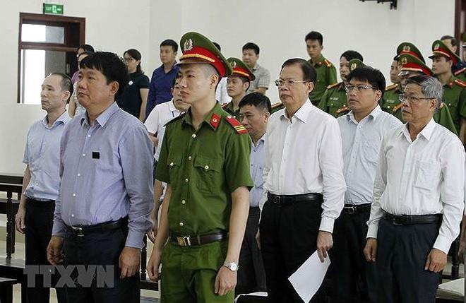 Xét xử phúc thẩm vụ ông Đinh La Thăng: Nguyên Tổng giám đốc PVN Phùng Đình Thực kêu oan - Ảnh 1.