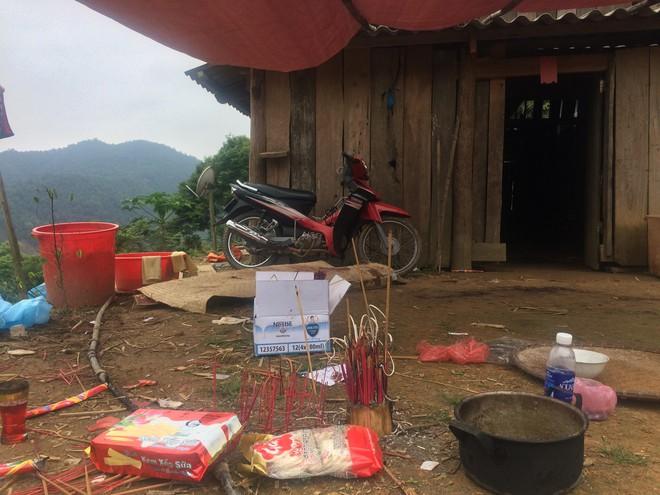Bố nghi phạm giết 4 người ở Cao Bằng: Vay mượn tiền mua 4 chiếc quan tài cho bị hại - Ảnh 1.