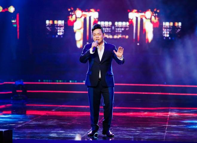 Anh trai ruột Quang Lê gây chú ý khi khoe giọng hát trước đám đông - Ảnh 5.