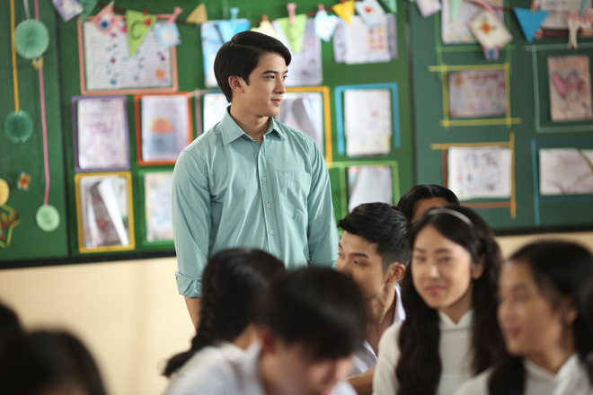 Nhiều sạn vô lý trong phim Em gái mưa, đặc biệt là vai thầy giáo của Mai Tài Phến - Ảnh 6.