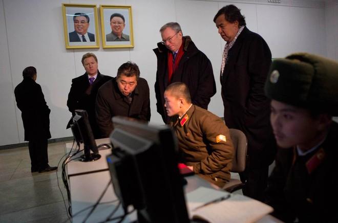 Đặc phái viên Mỹ kể chuyện đàm phán với Triều Tiên: Tôi nói đùa, cứ ngỡ họ định bắn - Ảnh 3.