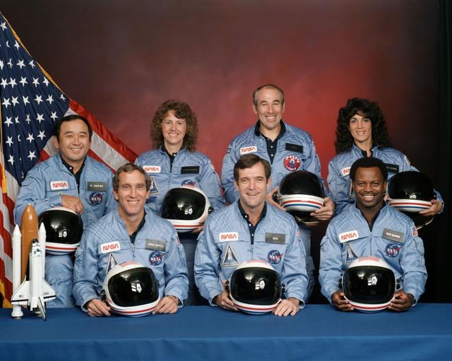 Thảm kịch đen tối nhất lịch sử NASA: Cả phi hành đoàn nổ tung trước mắt hàng triệu dân Mỹ - Ảnh 5.