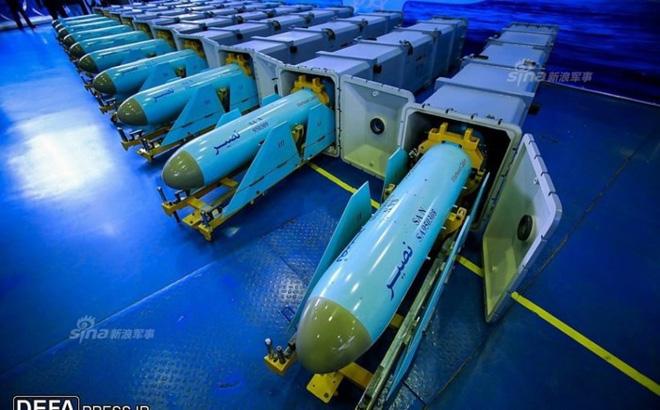 Chuyên gia Nga: 6.000 tên lửa Iran sẵn sàng, tàu sân bay Mỹ không chết cũng tàn phế - Ảnh 1.