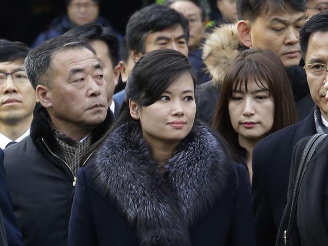 4 người phụ nữ quyền lực được ông Kim Jong-un đưa đi cùng đến Thượng đỉnh Mỹ - Triều là ai? - Ảnh 2.