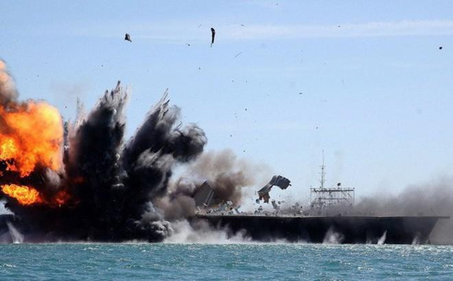 """Chuyên gia Nga: 6.000 tên lửa Iran sẵn sàng, tàu sân bay Mỹ """"không chết cũng tàn phế"""""""