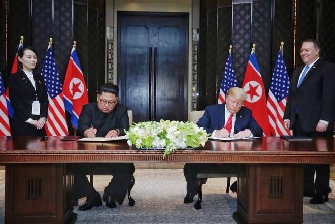 Mỹ-Triều ký kết văn kiện vô cùng quan trọng: Quá trình phi hạt nhân hóa sẽ bắt đầu rất nhanh - Ảnh 2.