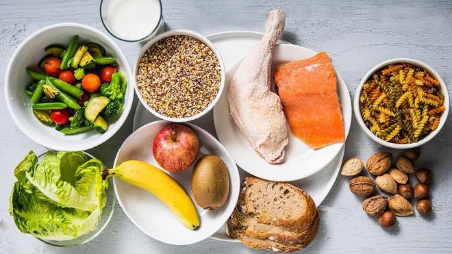 Người trên 40 tuổi nếu thiếu 7 chất dinh dưỡng này, sức khỏe và nhan sắc sẽ sớm tụt dốc - Ảnh 5.
