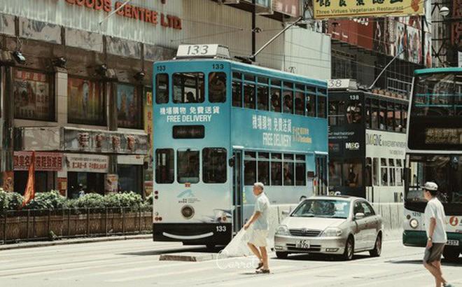 Bộ ảnh: Ngắm nhìn vẻ đẹp hoài cổ của những chiếc xe điện trăm năm tuổi của Hongkong