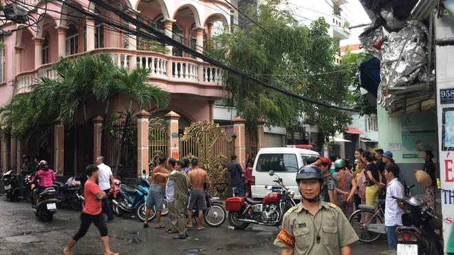 Vụ 2 cha con nghi bị sát hại ở Sài Gòn: Người con trai có biểu hiện trầm cảm - Ảnh 1.