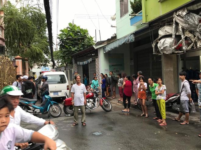 Vụ 2 cha con nghi bị sát hại ở Sài Gòn: Người con trai có biểu hiện trầm cảm - Ảnh 2.