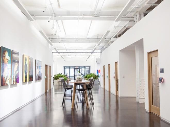 """Đột nhập trụ sở mới của Instagram ở New York: có cửa hàng kem, quầy bar, nhiều nơi """"sống ảo"""" - Ảnh 2."""