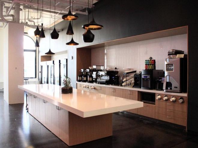 """Đột nhập trụ sở mới của Instagram ở New York: có cửa hàng kem, quầy bar, nhiều nơi """"sống ảo"""" - Ảnh 4."""