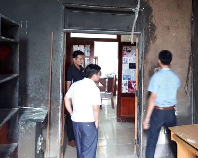 Trước ngày kiểm toán, phòng làm việc của phó phòng bốc cháy - Ảnh 4.