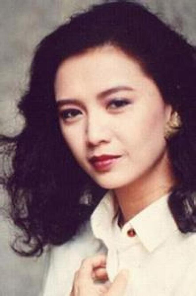 Mỹ nhân Ỷ Thiên Đồ Long Ký bị Lưu Gia Linh cướp người tình, về già sống cô độc - Ảnh 3.