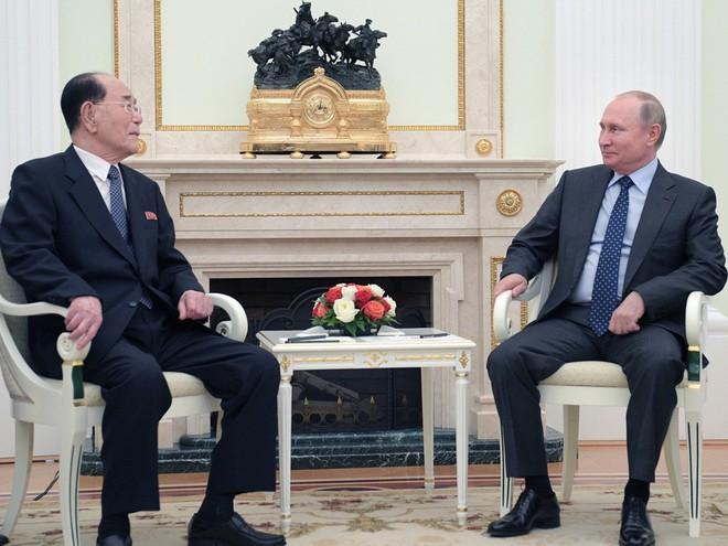 Sau ông chủ Nhà Trắng, Tổng thống Putin cũng nhận được thư tay khủng từ ông Kim Jong-un - Ảnh 1.
