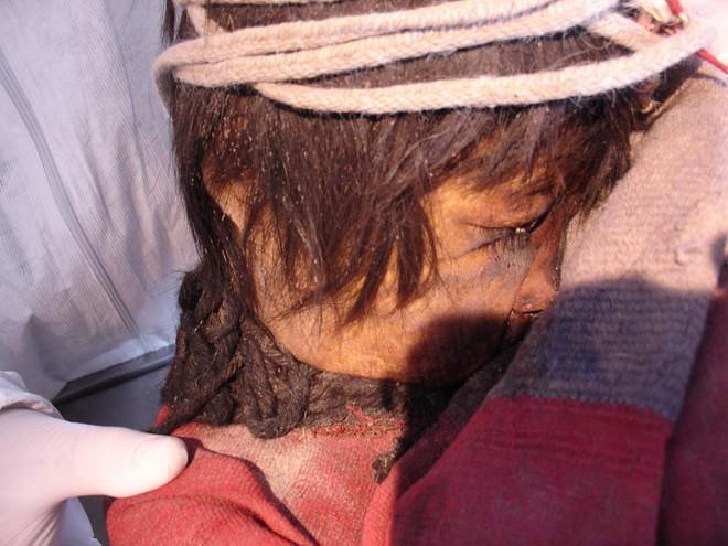 Giải mã thuật ướp xác thời cổ đại: Gần 4.000 năm vẫn còn nguyên mái tóc, hàng mi cong vút - Ảnh 5.