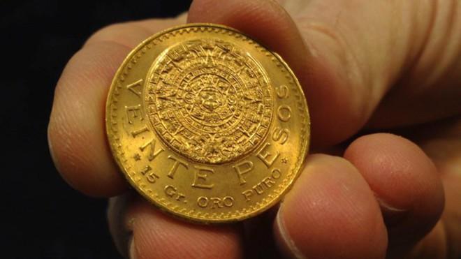 10 nước đào nhiều vàng nhất địa cầu - Ảnh 2.