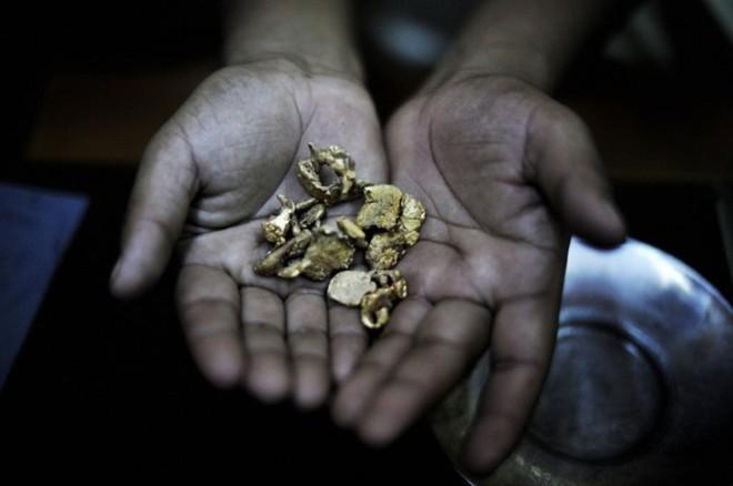 10 nước đào nhiều vàng nhất địa cầu - Ảnh 5.