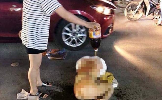 Cô gái bị lột đồ, đổ nước mắm lên người giữa phố tiết lộ kẻ hành hung