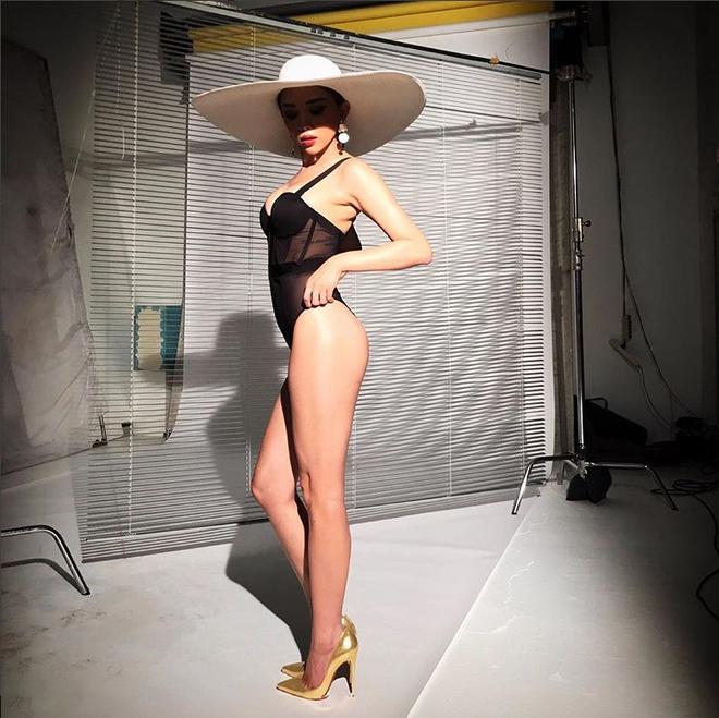 Tóc Tiên khoe thân hình nóng bỏng, đẹp từng centimet với bikini - Ảnh 3.