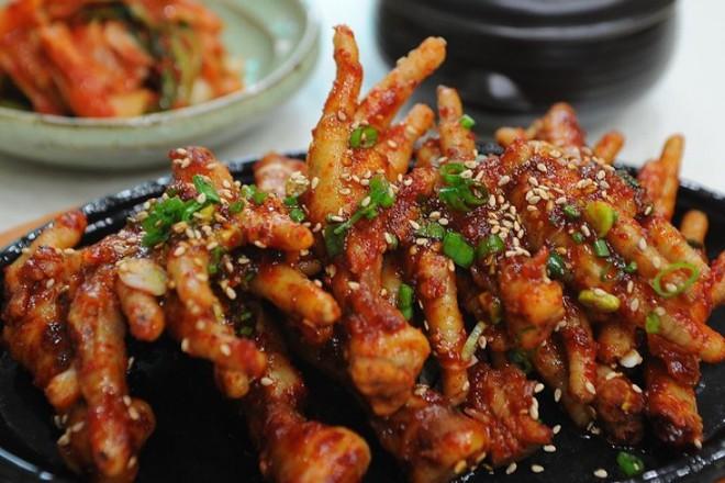 Ăn chân gà rất tốt cho sức khỏe, và đây là lý do tại sao - Ảnh 1.