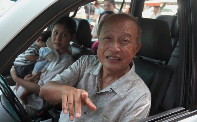 Hoàng thân Campuchia chuyển viện tới Bangkok giữa đêm sau tai nạn thảm khốc