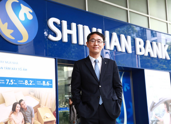 """Tổng Giám đốc Shinhan Việt Nam – ông Shin Dong Min: """"Mục tiêu lớn cần nỗ lực lớn"""" - Ảnh 1."""