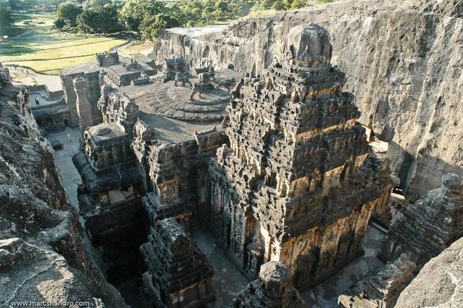 Bí ẩn những ngôi đền vượt thời gian ở Ấn Độ: Có cái giá trị tới 100 tỉ USD! - Ảnh 3.