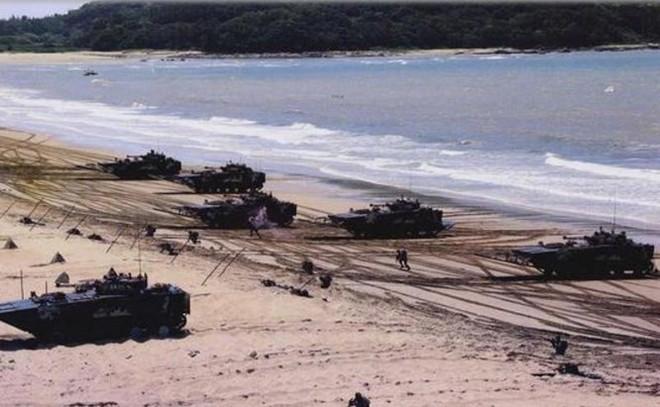 Trung Quốc ráo riết tăng cường tác chiến đổ bộ nhằm mục đích gì? - Ảnh 2.