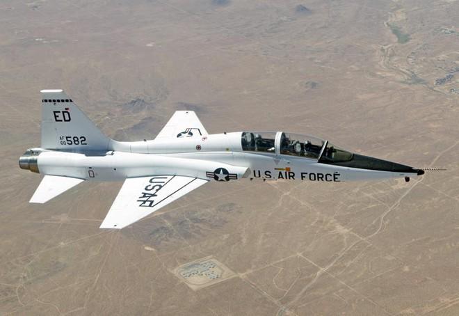 Việt Nam nhận máy bay huấn luyện Mỹ để quá độ lên tiêm kích F-16? - Ảnh 1.