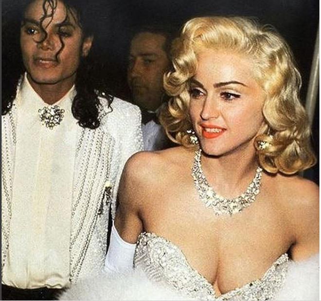 Nữ hoàng nhạc Pop Madonna tung ảnh nóng bỏng ở tuổi 60 - Ảnh 7.