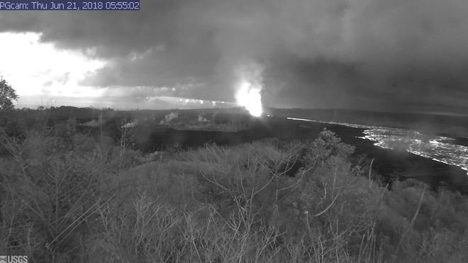 Sau khi hút gần sạch nước hồ, núi lửa ở Hawaii có nguy cơ gây tai họa mới - Ảnh 8.