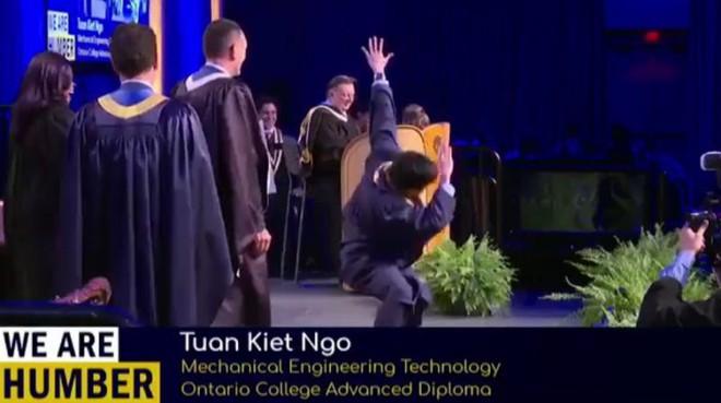 Biểu diễn Break dance trong lễ nhận bằng tốt nghiệp, du học sinh Việt bất ngờ trở thành huyền thoại của trường - Ảnh 3.