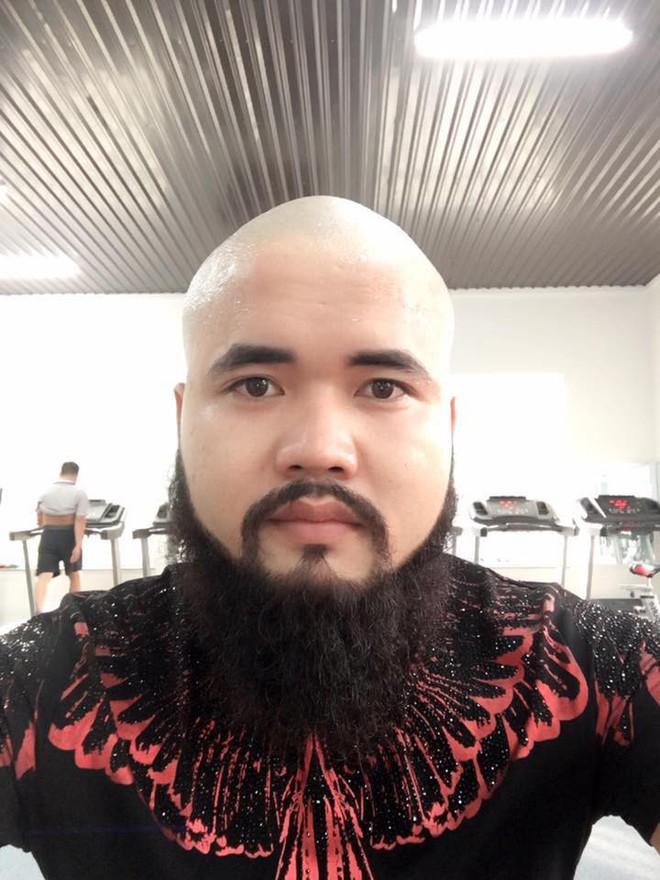 Thanh niên cạo đầu nuôi râu vì nghe đồn làm vậy sẽ dễ có bạn gái và cái kết cũng đáng yêu ra phết - Ảnh 2.