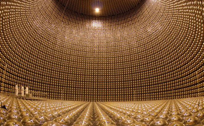 Ẩn sâu 1000m dưới đất, cỗ máy săn loại hạt có thể xuyên qua lớp thép dày 100 năm ánh sáng