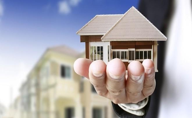 Thuế tài sản nên cao gấp 10 lần với những người giàu - Ảnh 1.