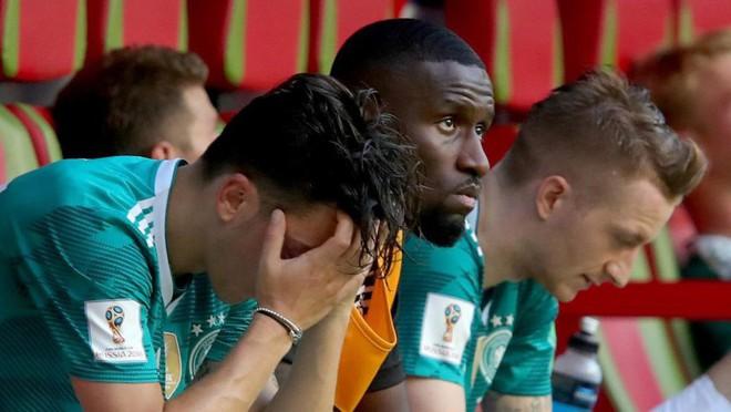 Nhìn cầu thủ Đức thi đấu mới hiểu rằng áp lực trong bóng đá có thể giết chết đẳng cấp thế giới - Ảnh 4.