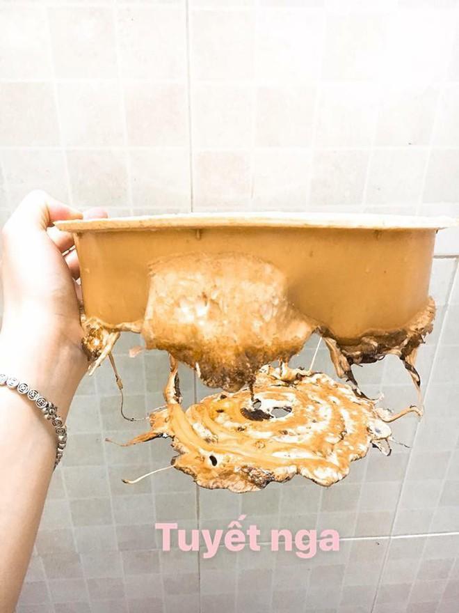 Đỉnh cao thảm họa của ngành nấu ăn: Caramel cháy cạnh thành hình cái nồi! - Ảnh 3.
