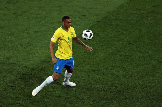 Quên Neymar và Coutinho đi, thành bại của Brazil nằm ở cặp bô lão trước khung thành - Ảnh 2.