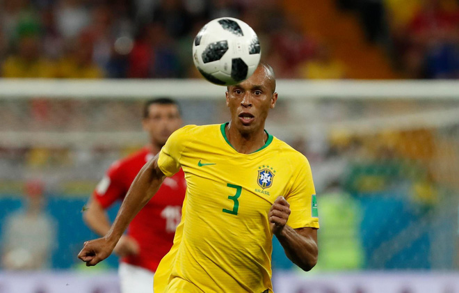 Quên Neymar và Coutinho đi, thành bại của Brazil nằm ở cặp bô lão trước khung thành - Ảnh 3.