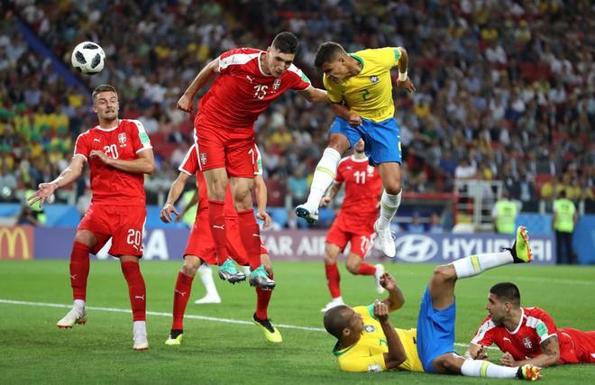 Quên Neymar và Coutinho đi, thành bại của Brazil nằm ở cặp bô lão trước khung thành - Ảnh 4.