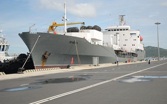 Đội tàu Hải quân Nga thăm xã giao Cảng quốc tế Cam Ranh